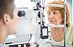 Image in article - woman having her eyes examined